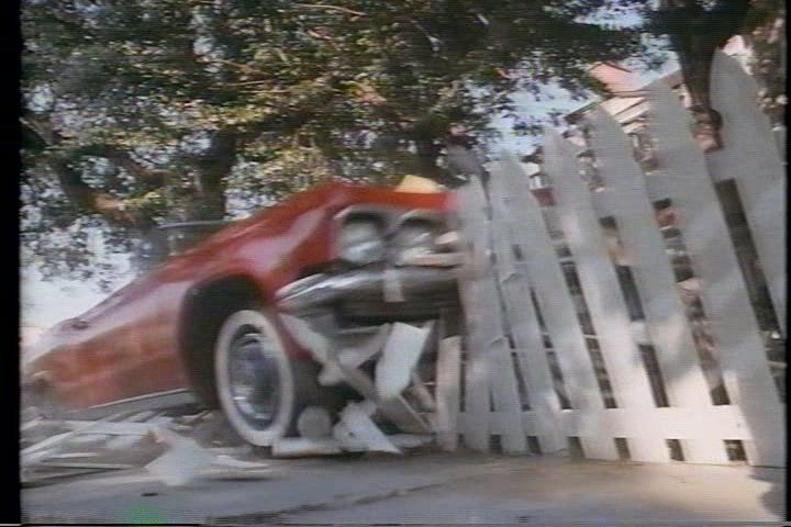 archie-traba-241-car-fence