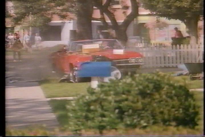 archie-traba-242-car-lawn