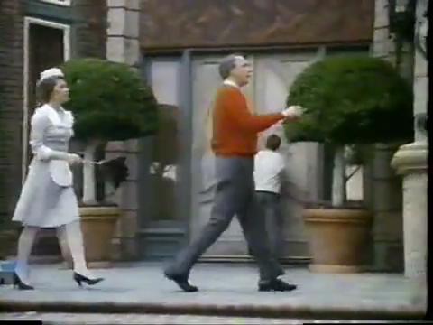 archie-traba-306-lodge-maid