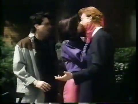 archie-traba-369-veronica-kisses-archie