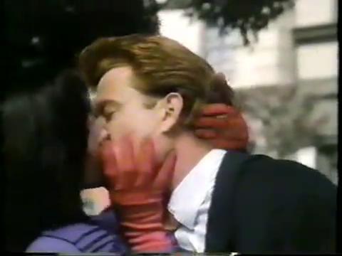 archie-traba-371-veronica-kisses-archie-3