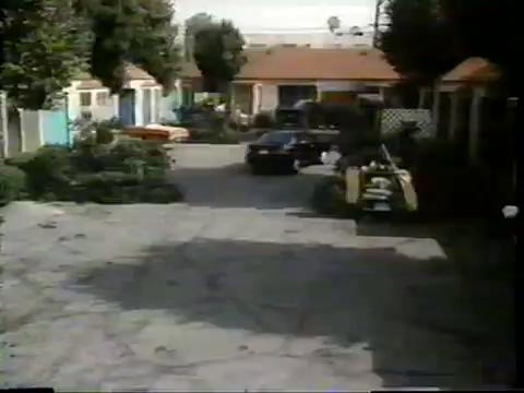 archie-traba-436-motel-exterior-1