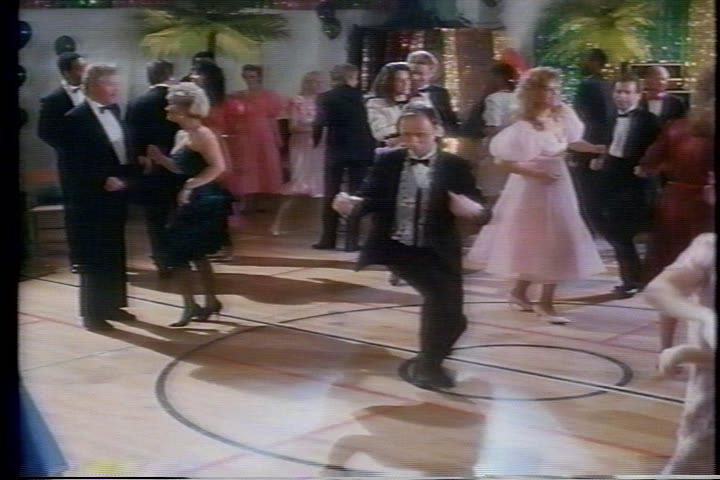 archie-traba-498-jughead-dances