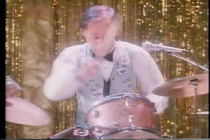 archie-traba-518-jughead-drums