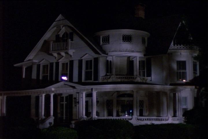 sabrina-001-01-house-night