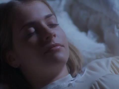 sabrina-movie-015-sabrina-sleeps