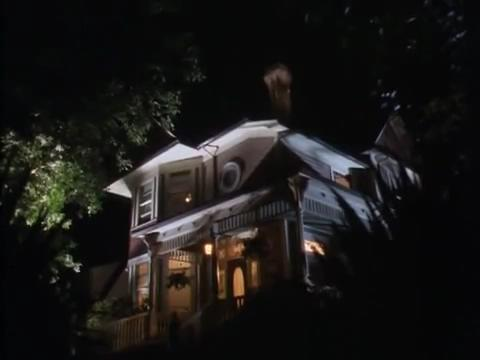 sabrina-movie-080-house