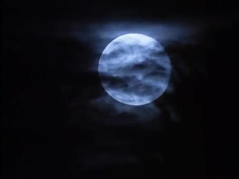 sabrina-movie-083-full-moon