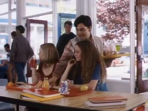 sabrina-movie-093-girls-lunch
