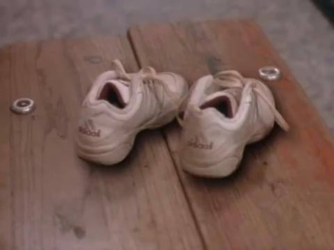 sabrina-movie-283-sneakers-old