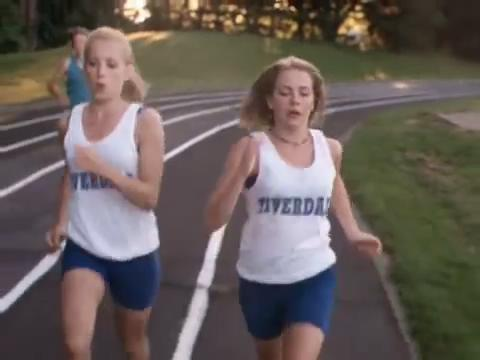 sabrina-movie-390-katy-sabrina-run