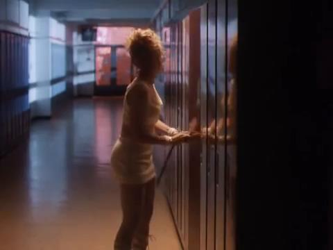 sabrina-movie-426-katy-locker