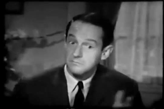 Archie-Pilot-1964-06-Fred-curious