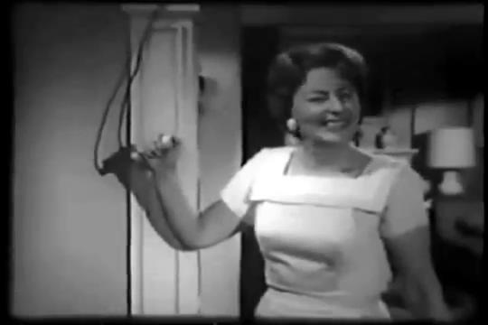 Archie-Pilot-1964-07-Mary-pushes
