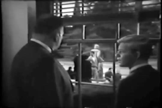 Archie-Pilot-1964-118-Weatherbee-Archie-window