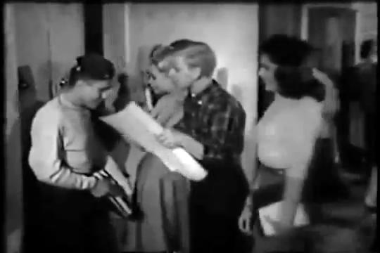 Archie-Pilot-1964-37-gang