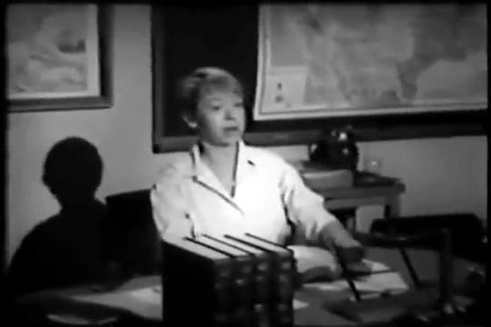 Archie-Pilot-1964-54-Grundy-desk