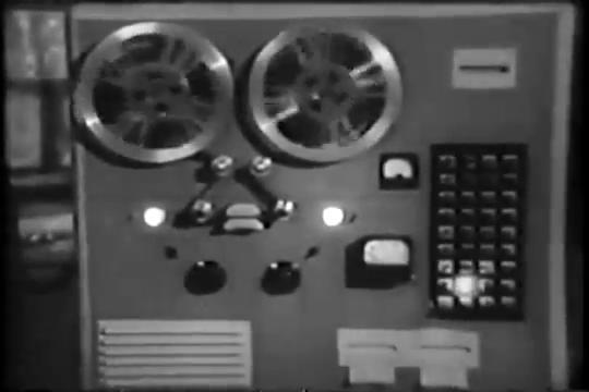 Archie-Pilot-1964-95-computer