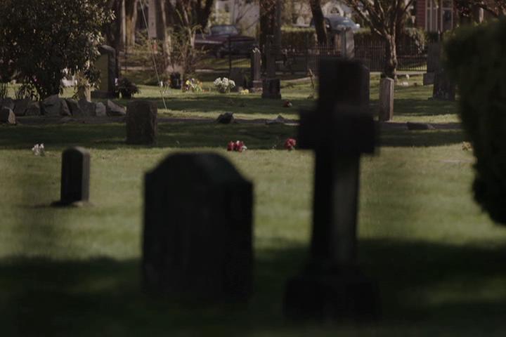 Riverdale-1-01-The-River's-Edge-007-cemetery
