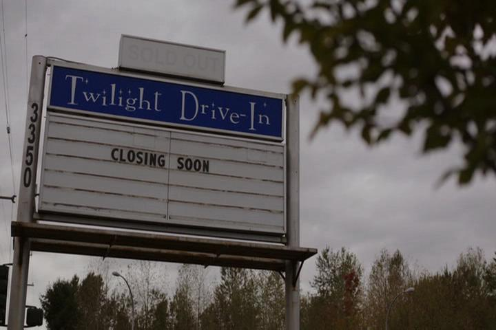 Riverdale-1-01-The-River's-Edge-010-Twilight-Drive-In
