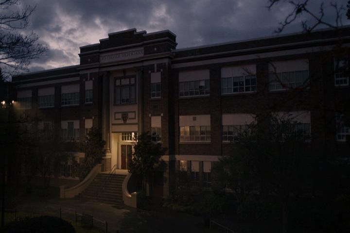 Riverdale-1-01-The-River's-Edge-011-Riverdale-High-School
