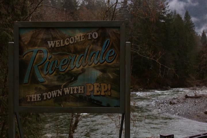 Riverdale-1-01-The-River's-Edge-012-Riverdale-sign