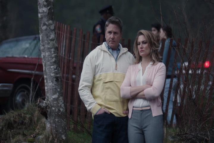 Riverdale-1-01-The-River's-Edge-036-Hal-Alice