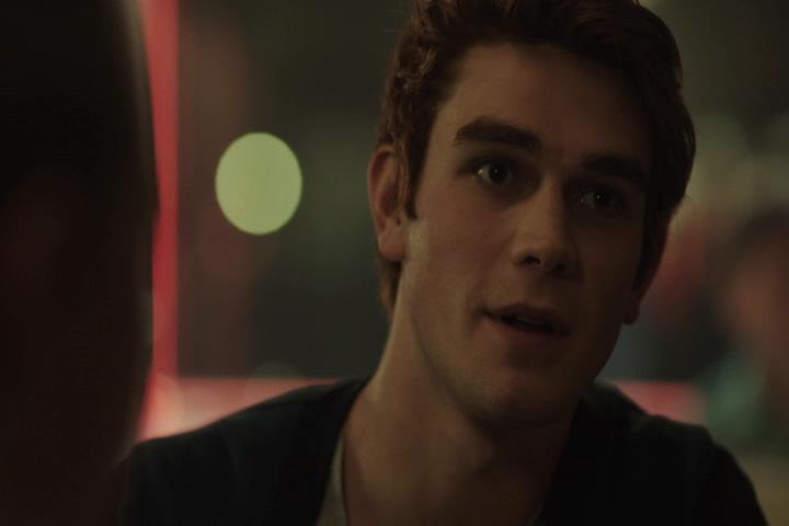 Riverdale-1-01-The-River's-Edge-064-Archie-boner