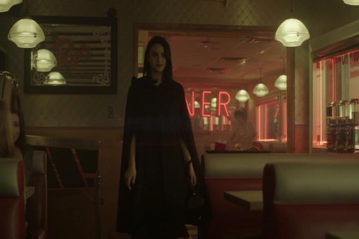 Riverdale-1-01-The-River's-Edge-065-Veronica-2