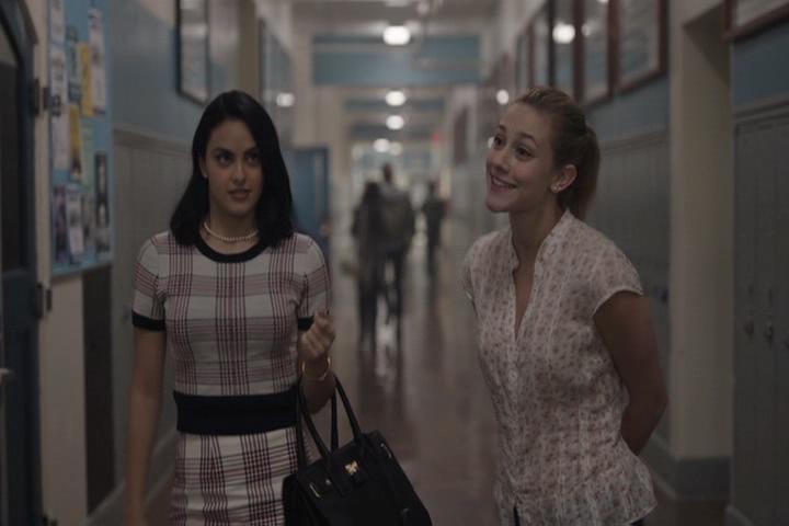 Riverdale-1-01-The-River's-Edge-087-Veronica-Betty
