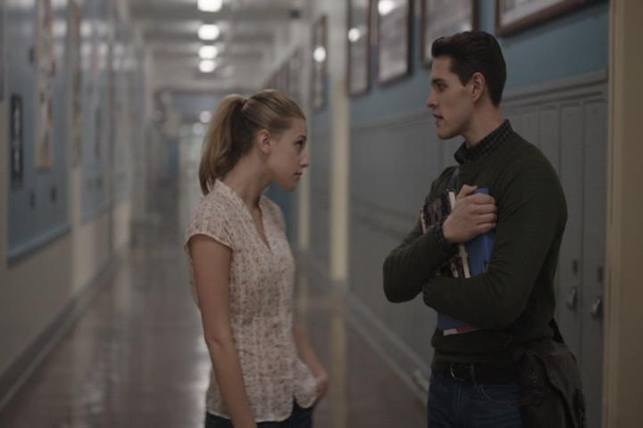 Riverdale-1-01-The-River's-Edge-090-Betty-Kevin