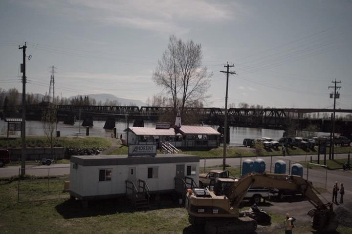 Riverdale-1-01-The-River's-Edge-115-Andrews-Construction