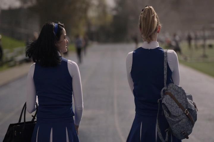 Riverdale-1-01-The-River's-Edge-173-Veronica-Betty-walk
