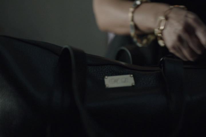 Riverdale-1-01-The-River's-Edge-193-bag-2