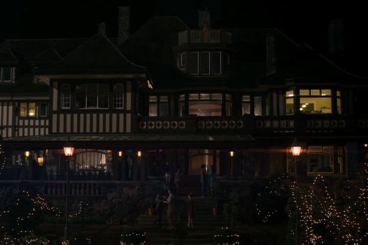 Riverdale-1-01-The-River's-Edge-220-Blossom-mansion