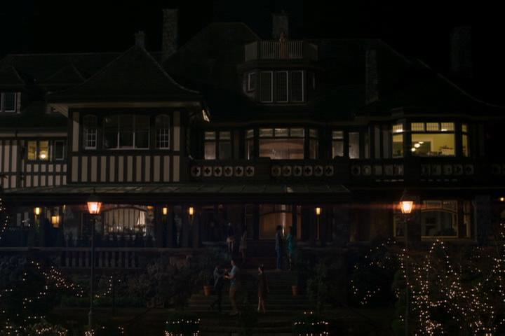 Riverdale-1-01-The-River's-Edge-220-Blossom-mansion