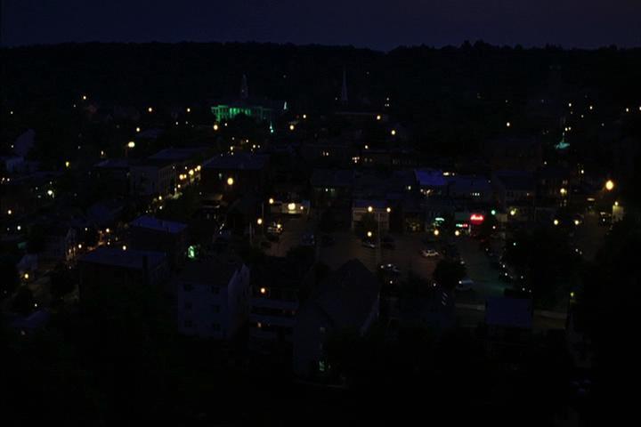 Riverdale-1-01-The-River's-Edge-234-Riverdale-night
