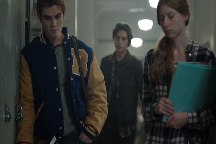 Riverdale-1-02-A-Touch-of-Evil-047-Archie-Jughead