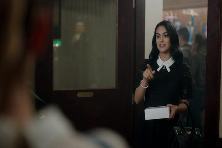 Riverdale-1-02-A-Touch-of-Evil-054-Veronica