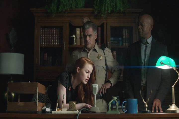 Riverdale-1-02-A-Touch-of-Evil-066-Cheryl-intercom-3