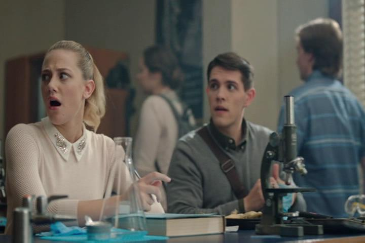 Riverdale-1-02-A-Touch-of-Evil-076-Betty-Kevin