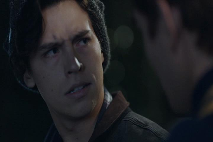 Riverdale-1-02-A-Touch-of-Evil-146-Jughead-2