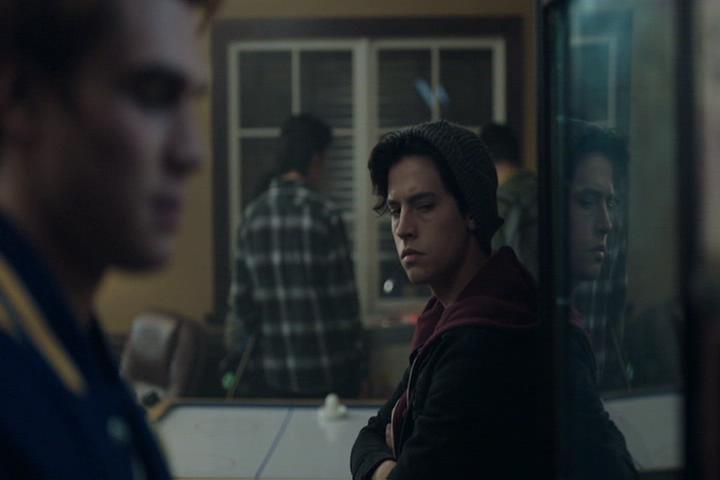 Riverdale-1-02-A-Touch-of-Evil-169-Archie-Jughead