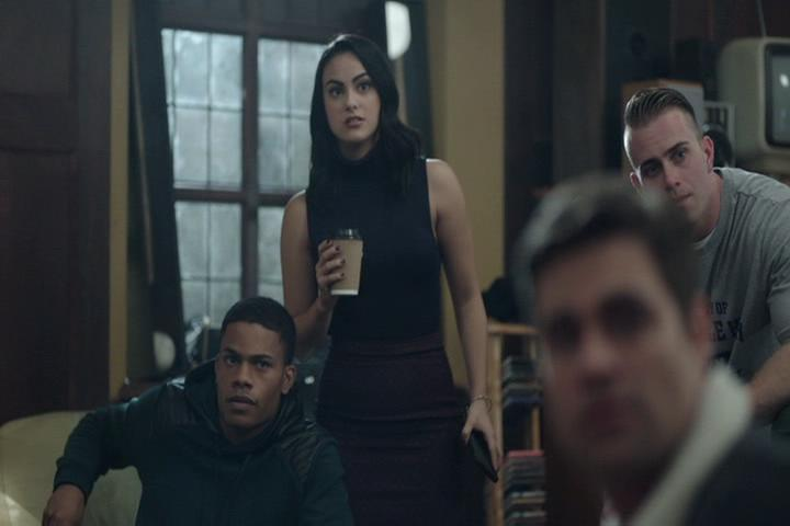 Riverdale-1-02-A-Touch-of-Evil-171-Veronica