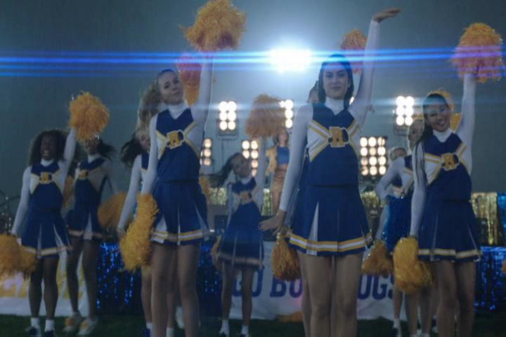 Riverdale-1-02-A-Touch-of-Evil-210-River-Vixens-2