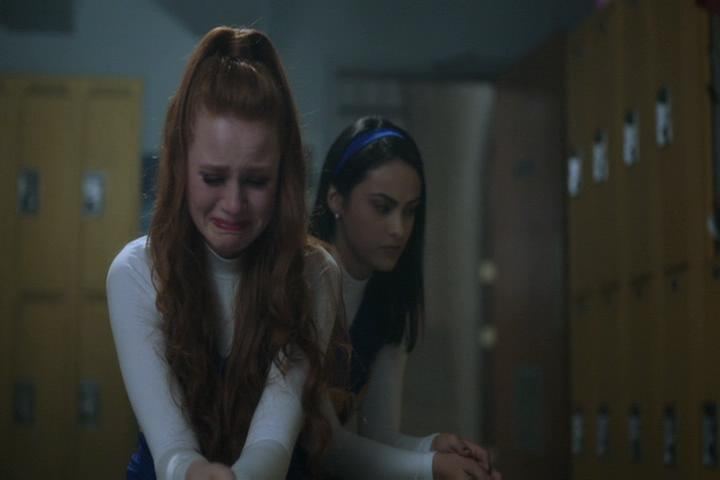 Riverdale-1-02-A-Touch-of-Evil-249-Cheryl-Veronica