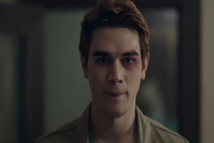 Riverdale-1-02-A-Touch-of-Evil-269-Archie