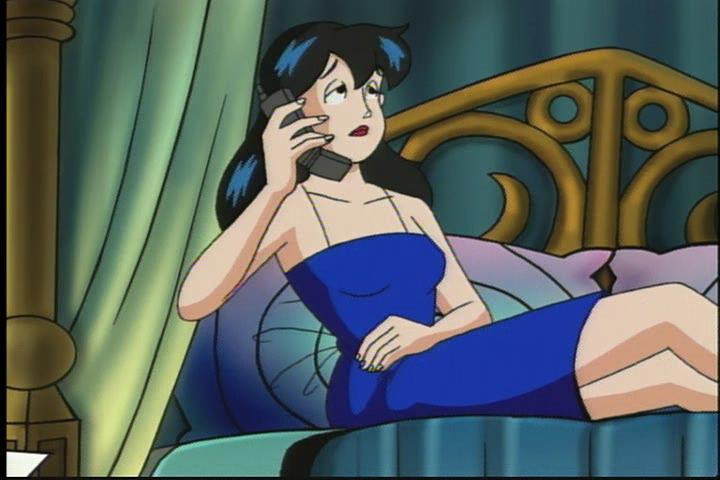 AWM-31-Scarlet-Night-111-Veronica-phone