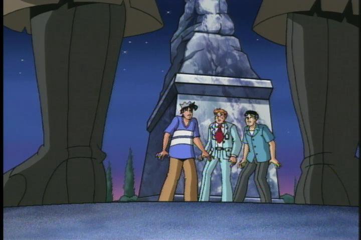 AWM-32-I-Was-a-Teenage-Vampire-98-guys-statue