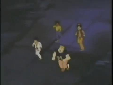 TNA-17-I-Was-a-12-Year-Old-Werewolf-37-guys-run